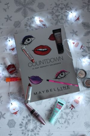 MAYBELLINE 12 Day Beauty Advent Calendar Review